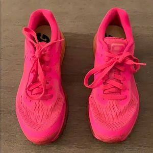 Nike Airmax in hot pink & orange.
